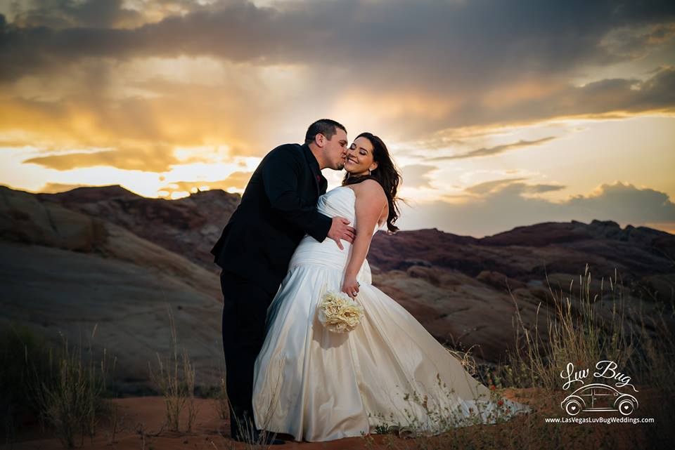 Valley of Fire Wedding at Sunset